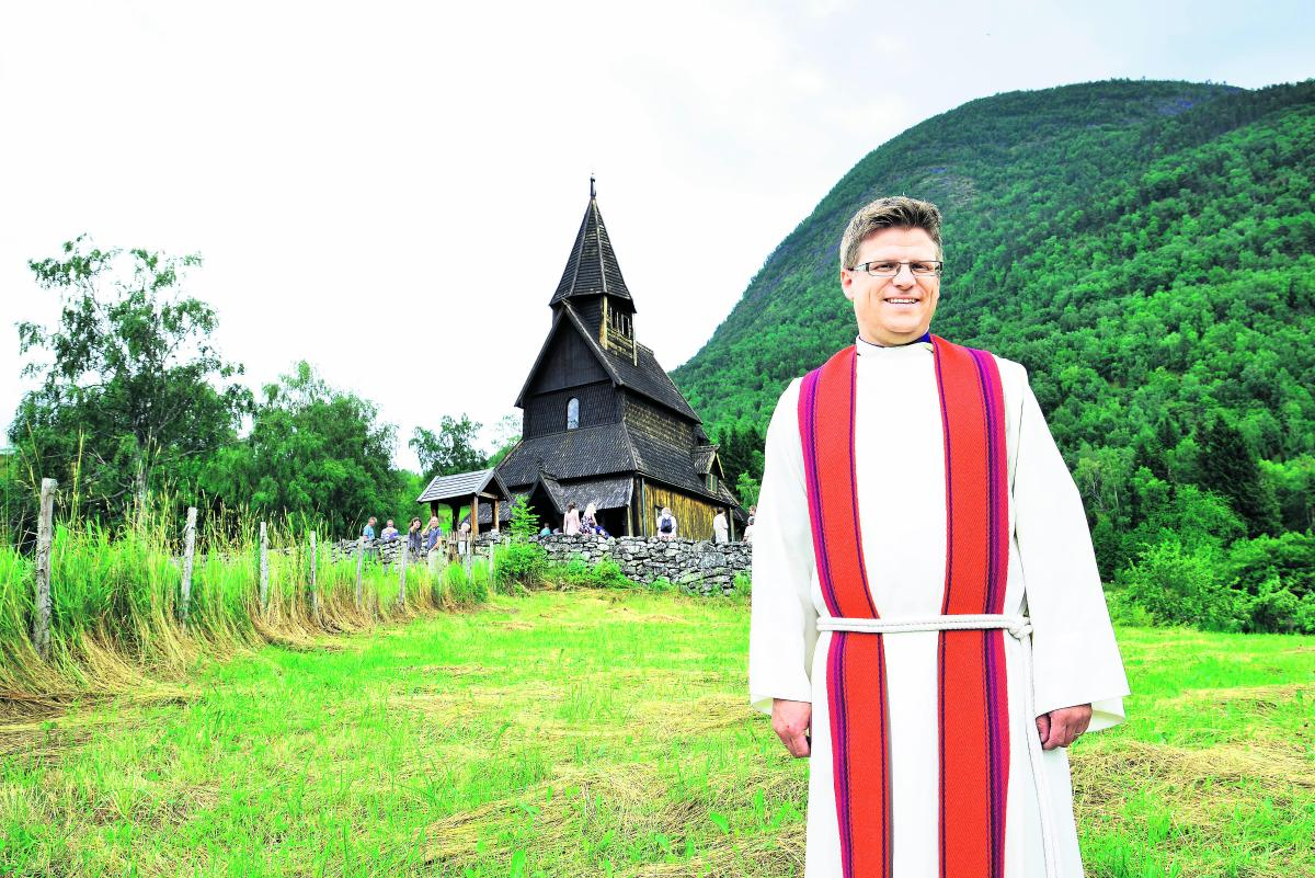 Norjan sauvakirkot kuiskivat historiaa - Kirkko ja kaupunki