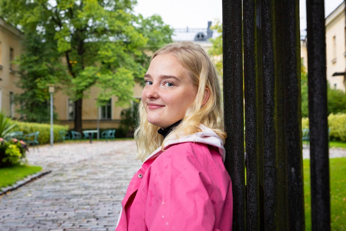 Oletko opiskelija, joka kaipaa seurakuntayhteisöä Helsingissä? Löydä yhteisö!...