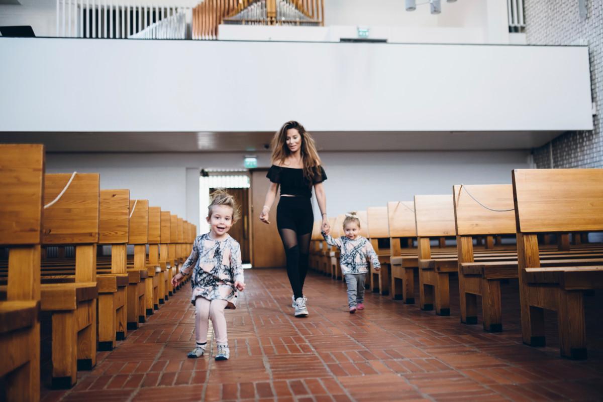 Jasmin Lehto löysi kirkosta rauhan paikan  hänet...
