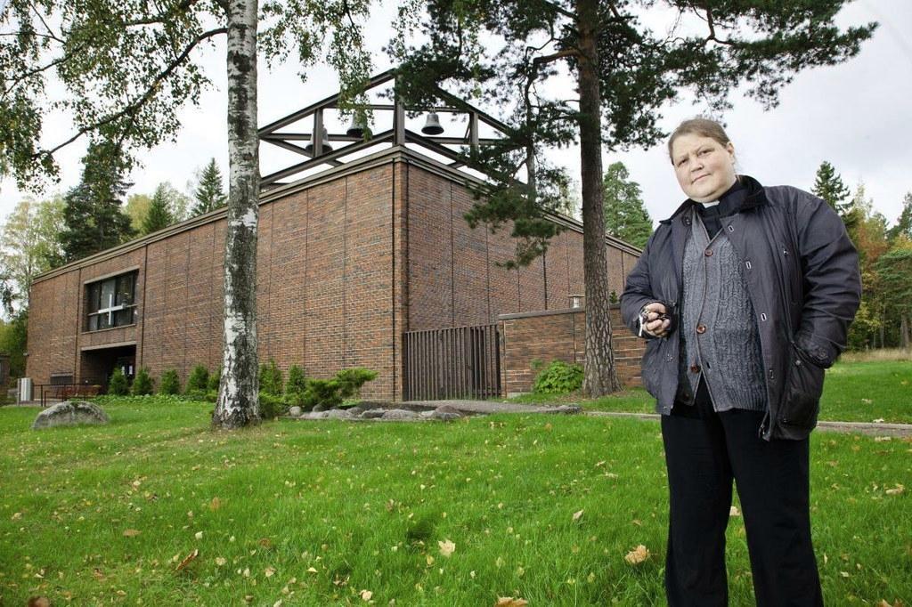 Myydäänkö Oulunkylän kirkko? - Kirkko ja kaupunki